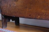 17th Century Oak Six Panel Coffer, Gouged Borders, V Cut Ends (10 of 12)