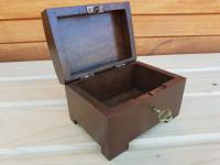 Antique Wooden Medium Jewellery Chest with Key (3 of 4)
