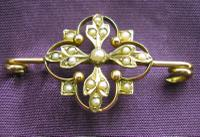 Pretty Antique Victorian 9ct Gold & Seed Pearl Brooch (2 of 3)
