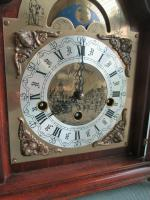 Rare St.James Westminster Franz Hermle 8 Day Mantel Bracket Clock Moon Phase (4 of 10)