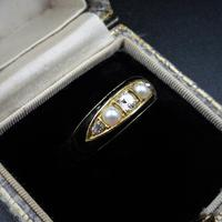 Antique Victorian Black Enamel Diamond & Pearl 18ct Gold Mourning Ring Band (2 of 10)