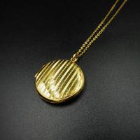 Antique Round Pin Stripe 9ct 9K Yellow Gold Circle Photo Locket & Chain Necklace (5 of 10)